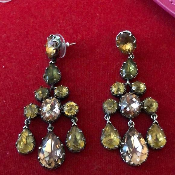 🆕 Lovely Pierced Earrings